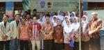Bersama Bupati Kulonprogo dan Masyarakat saat melaunching produk berbahan serabut kelapa